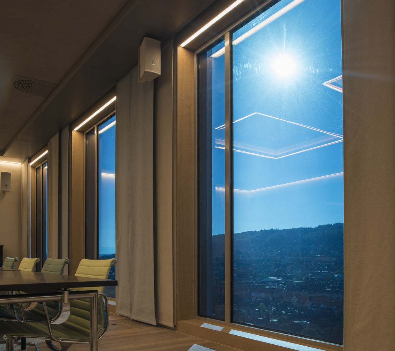 Vetrotech   Fire resistant and security glass solutions